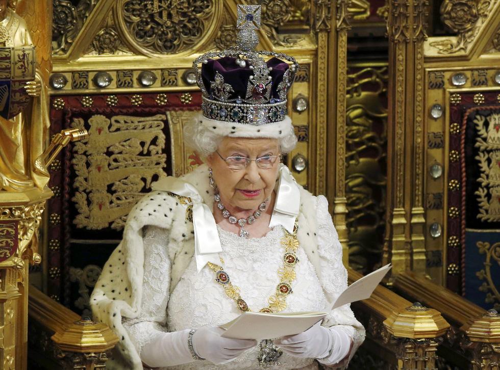 Fotos el discurso de la reina isabel ii internacional for La regina anne house