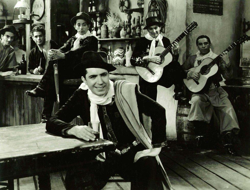 Carlos Gardel en 'The Big Broadcast' ('Cazadores de estrellas'), dirigida por Norman Taurog en 1936.