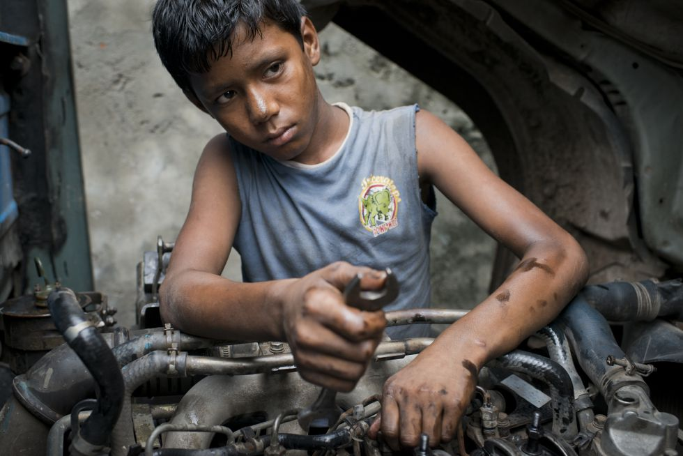 TRABAJO INFANTIL: Niños obreros: ilegal, pero barato | Planeta ...