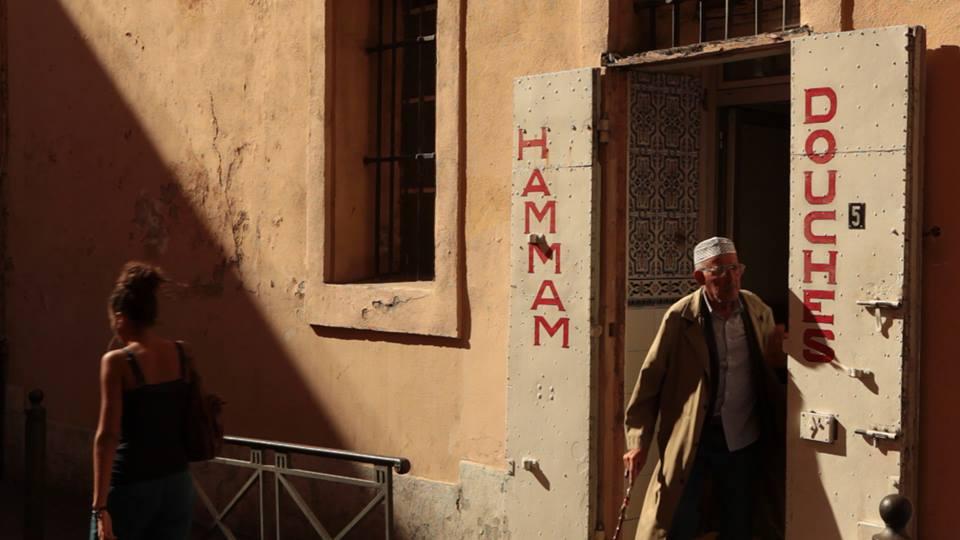 cumplir con las mujeres tunecinas a francia