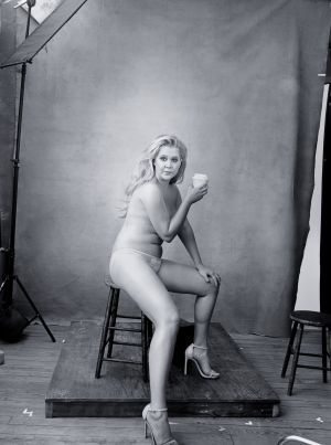 Calendario Mujeres Desnudas.Pillar Caucho Estilo El Pais