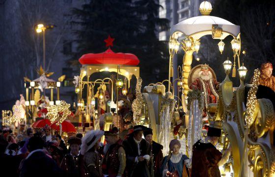Carrozas De Reyes Magos Fotos.Reyes Magos Un Ano De Cabalgatas Polemicas Sin Animales Y