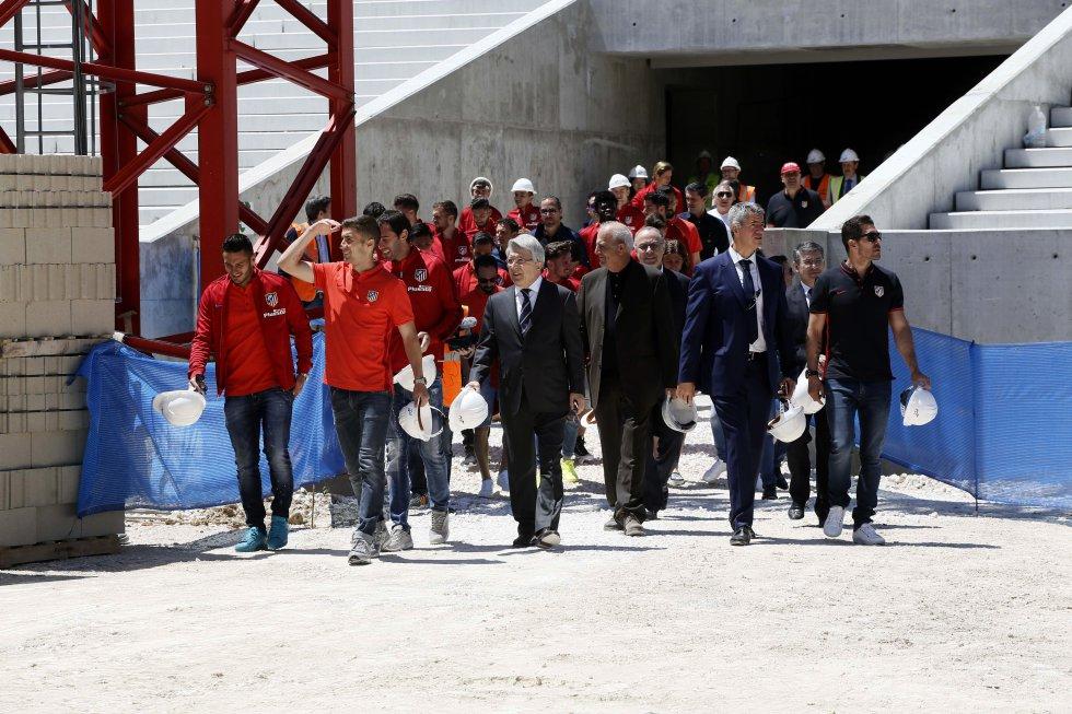 W maju piłkarze Diego Simeone odwiedzili plac budowy, gdzie niebawem powstanie ich nowy stadion.