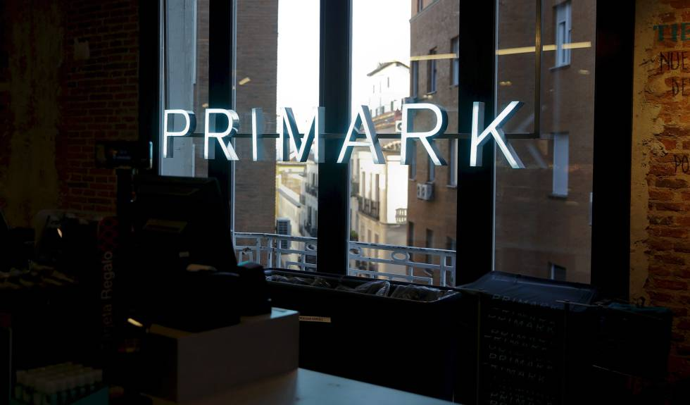 a61f0aaedb3 Spanish fashion: Primark celebrates 10 years in Spain with claims of  victory over Zara | In English | EL PAÍS
