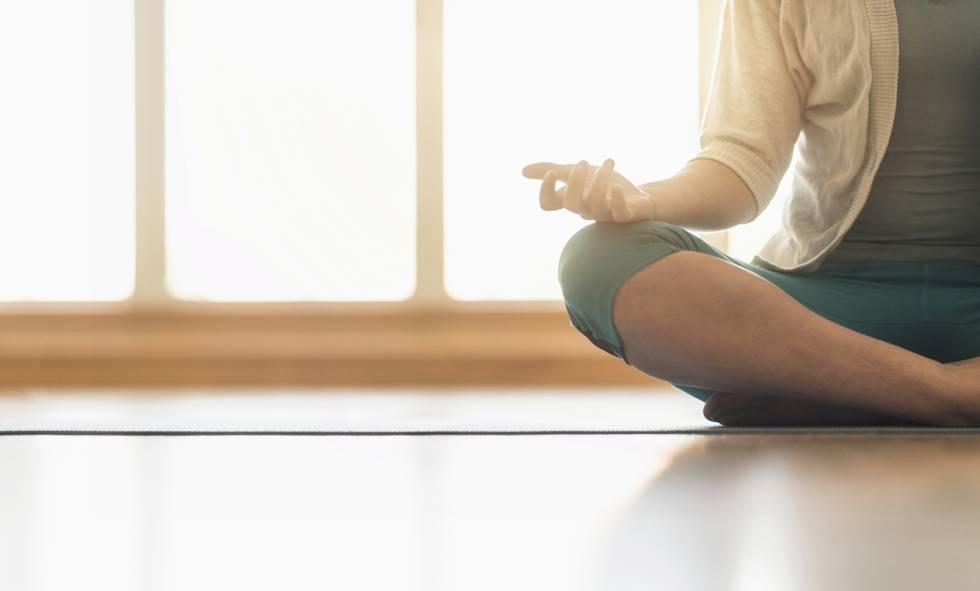 Mindful Eating y Mindfulness: Practicar una alimentación consciente. Imagen obtenida de:  https://ep00.epimg.net/elpais/imagenes/2016/07/26/buenavida/1469525162_096090_1469555656_noticia_normal.jpg