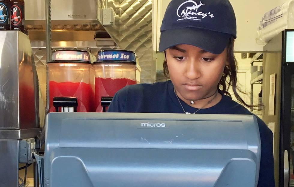 Sasha Obama, camarera en verano | Estilo | EL PAÍS
