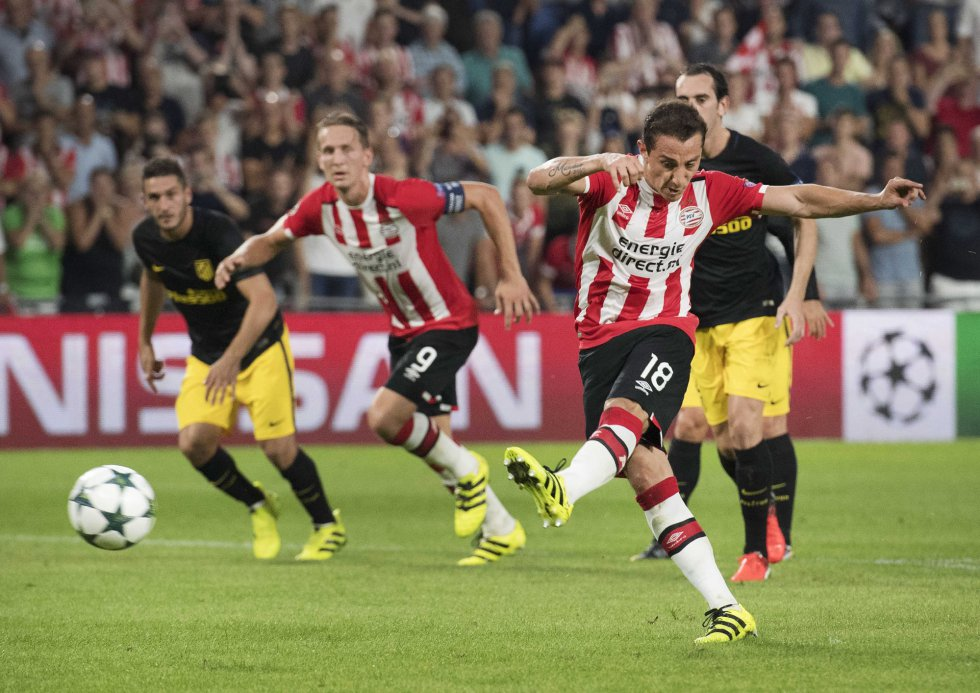 Fotos  Champions League  PSV Eindhoven - Atlético de Madrid ... a66b6e9418a38