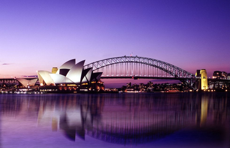Sydney Opera House and Harbour Bridge at Dusk, Australia без смс