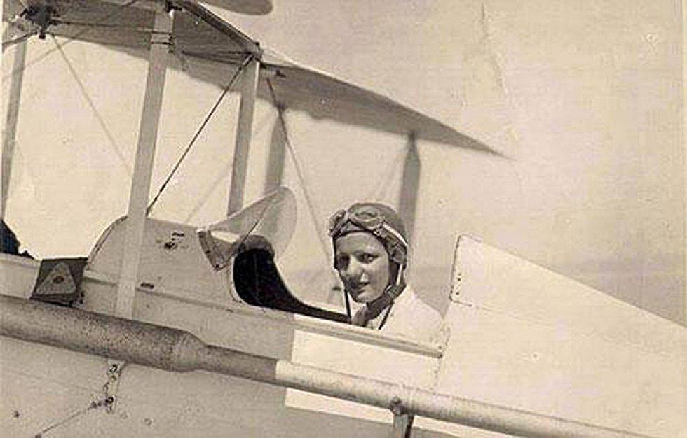 Ella amaba a volar por la noche - 2 10