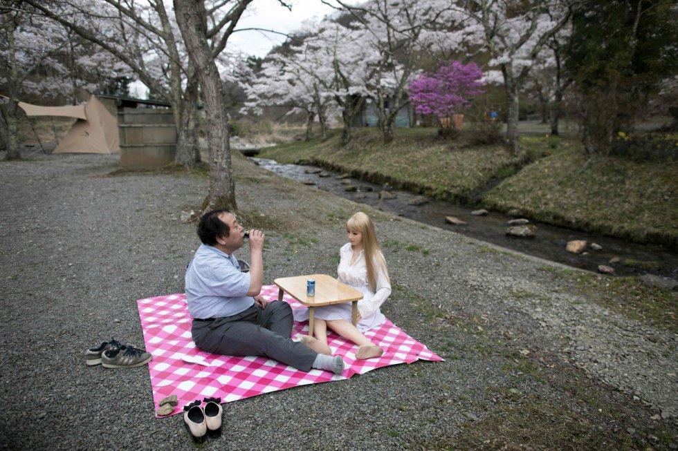 """""""Esta atitude é influenciada principalmente por um sistema tão individualista como o que predomina no arquipélago japonês, embora não possamos generalizar"""", explica o psicólogo e presidente da Associação Mentes Abertas, Ignacio Calvo."""