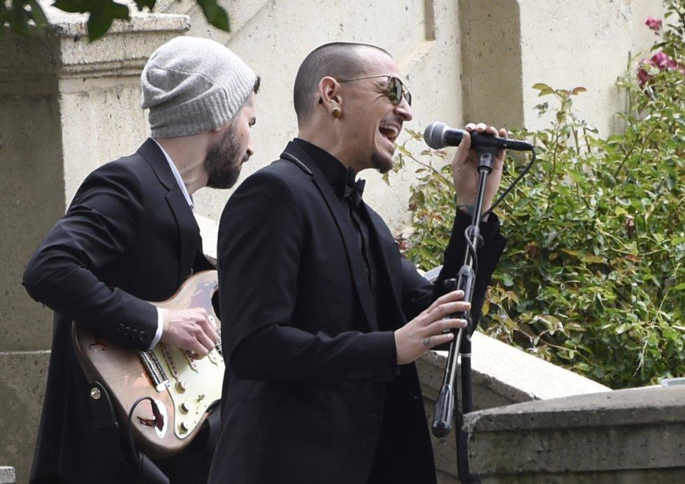Muere el vocalista de Linkin Park, Chester Bennington, su vida en imágenes