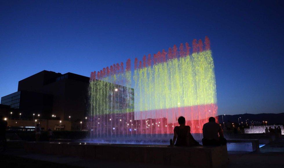fotos edificios de todo el mundo rinden homenaje a las vctimas del atentado de barcelona y cambrils en imgenes espaa el pas