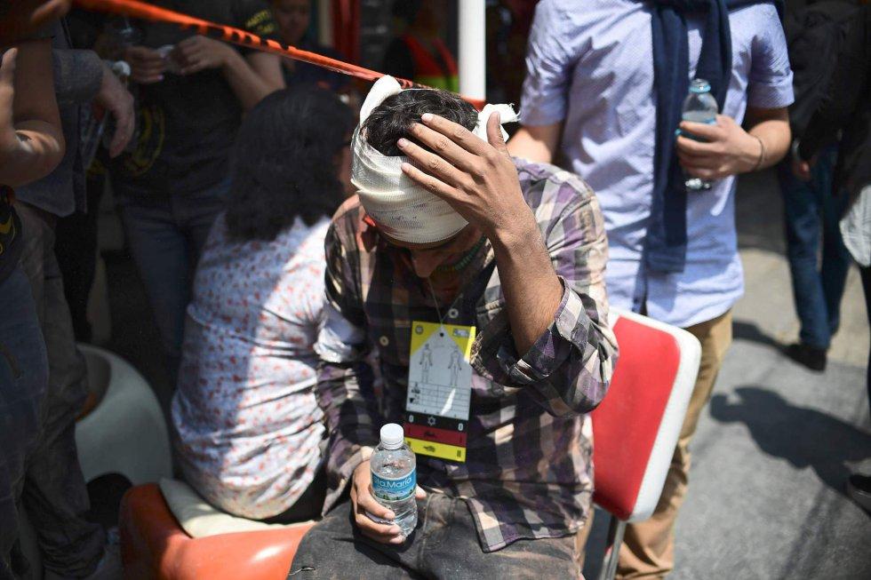 Fuerte y destructivo terremoto sacude México 1505847901_811354_1505852590_album_normal