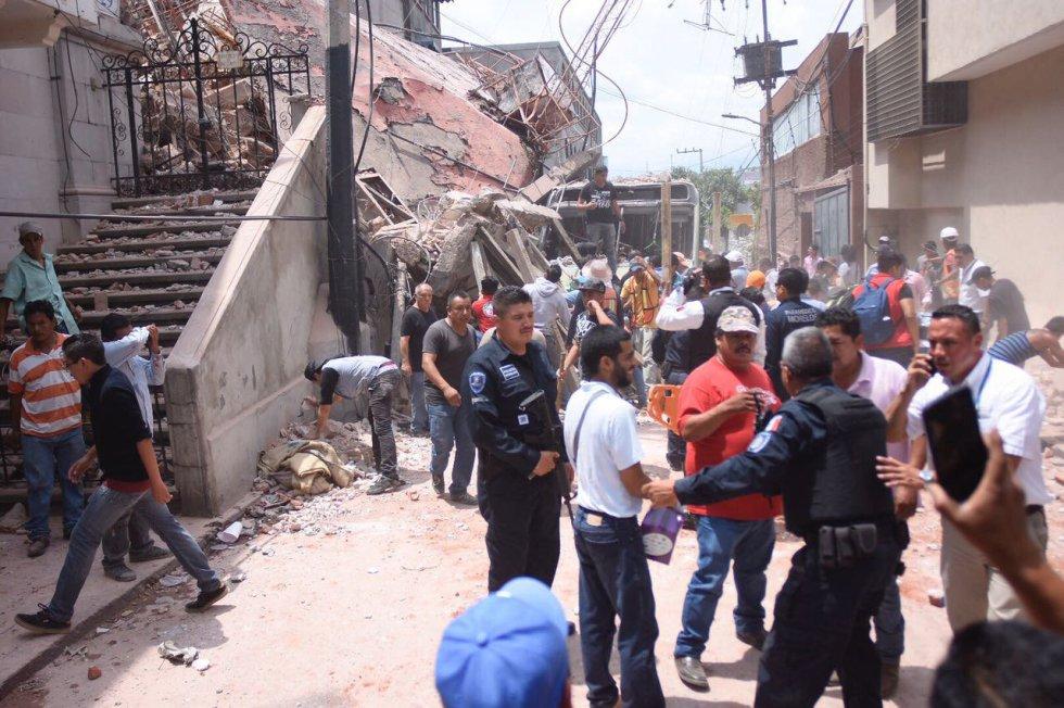 Fuerte y destructivo terremoto sacude México 1505847901_811354_1505852833_album_normal