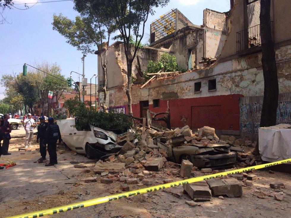 Fuerte y destructivo terremoto sacude México 1505847901_811354_1505853906_album_normal