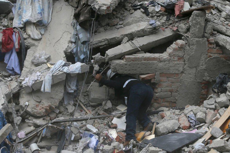 Fuerte y destructivo terremoto sacude México 1505847901_811354_1505860005_album_normal