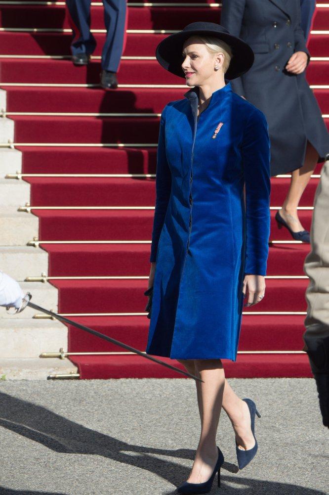 Charlene de Mónaco, en una de las escasas ocasiones en las que coincide con sus cuñadas Carolina y Estefanía.
