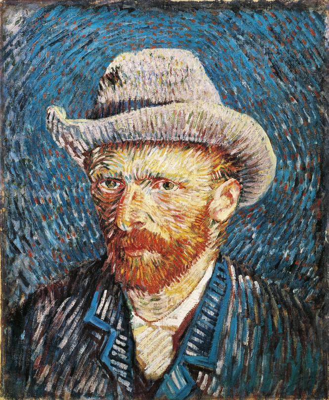 O pintor holandês teve uma vida conturbada. Foi galerista, pastor protestante, missionário... Chegou a conviver em Haia, em condições paupérrimas, com uma jovem prostituta alcoólica e mãe solo. Não é totalmente correto afirmar, como se disse algumas vezes, que Van Gogh (Holanda, 1853 – França, 1890) não vendeu nenhum quadro em vida. Vendeu, por exemplo, litografias de suas primeiras obras-primas, como 'Os comedores de batatas'. Até desfrutou de uma brevíssima fase de sucesso quando morava em Paris, apadrinhado por camaradas ilustres como o pintor boêmio Henri Toulouse-Lautrec. Mas é verdade que morreu sem uma orelha, louco de pedra e sem um centavo no bolso, na cidade de Arles, no sul da França. Seu único apoio material vinha do irmão Theo, galerista e comerciante de arte, que foi seu único mecenas, e que o manteve até o final pelo menos dois degraus acima da indigência. Morreu aos 37 anos. Em novembro do passado ano, uma das telas que Vincent pintou em Arles, 'Labourer dans um champ', foi vendida em leilão por 67 milhões de euros. Na imagem, 'Auto-retrato', de Vincent van Gogh, de 1888.