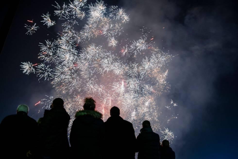 Celebración del Año Nuevo en la ciudad de Sofia (Bulgaria).