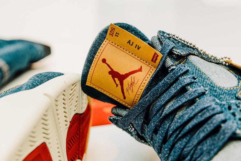 rasguño Por favor damnificados  Fotos: Las nuevas Air Jordan x Levi's y otras colaboraciones increíbles de  la icónica zapatilla | Tentaciones | EL PAÍS