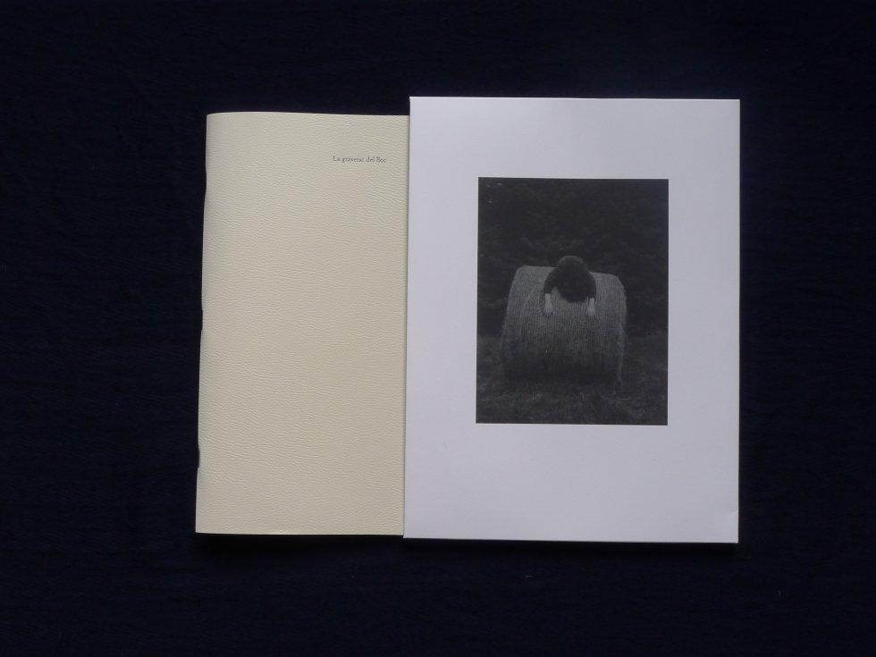 La pesanteur de lieu  La gravetat del lloc, de Israel Ariño. Editado por Ediciones Anómalas