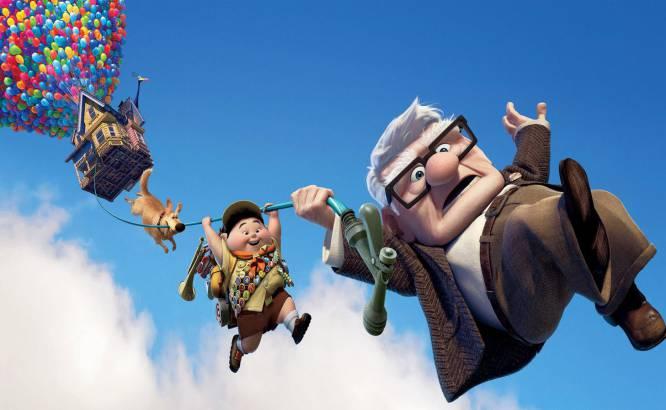 """Lo que nos pareció en su momento.  Frases y titulares que se dijeron cuando se estrenó, en 2009: """"Pixar lo vuelve a hacer"""", """"no tienen rival"""", """"la mejor película de Pixar hasta la fecha"""", """"es de dibujos, pero también es para adultos"""", """"me he acordado mucho de mi abuelo"""".    Lo que es en realidad.  Los diez minutos más amortizados de la historia del cine. El conmovedor retrato de toda una vida de amor y aventuras con el que abre la película se agarró al corazón del público y, como es costumbre en Pixar, le hizo sentir cosas que no sabía que llevaba dentro. Pero esos magistrales diez minutos sí que tienen nombre: cortometraje. Porque los 80 restantes son una sucesión de personajes tropezándose con cosas y una """"amistad improbable"""" que llevamos viendo en el cine de animación desde que Pinocho conoció a Pepito Grillo."""