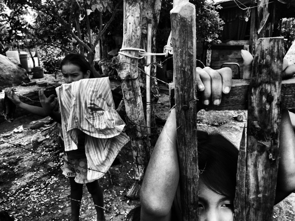 En México la ley no contempla la existencia de campamentos de refugiados, de hacerlo, sin duda, este sería uno de ellos. Más de 200 familias han llegado en los últimos cinco meses a esta improvisada comunidad donde viven en condiciones precarias y de pobreza.