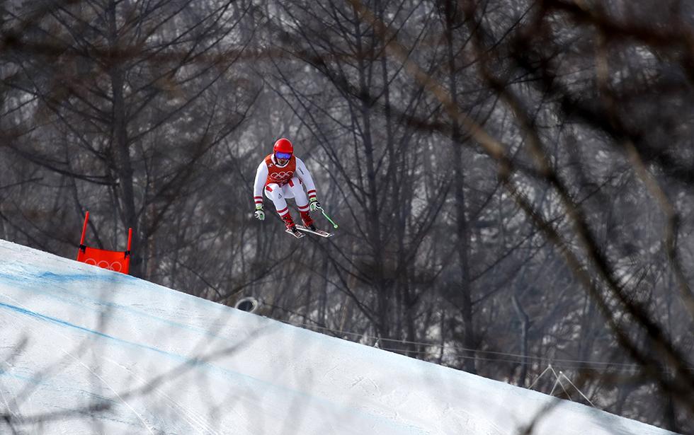 Marcel Hirscher de Austria durante un entrenamiento de descenso masculino de esquí alpino, el 10 de febrero de 2018.