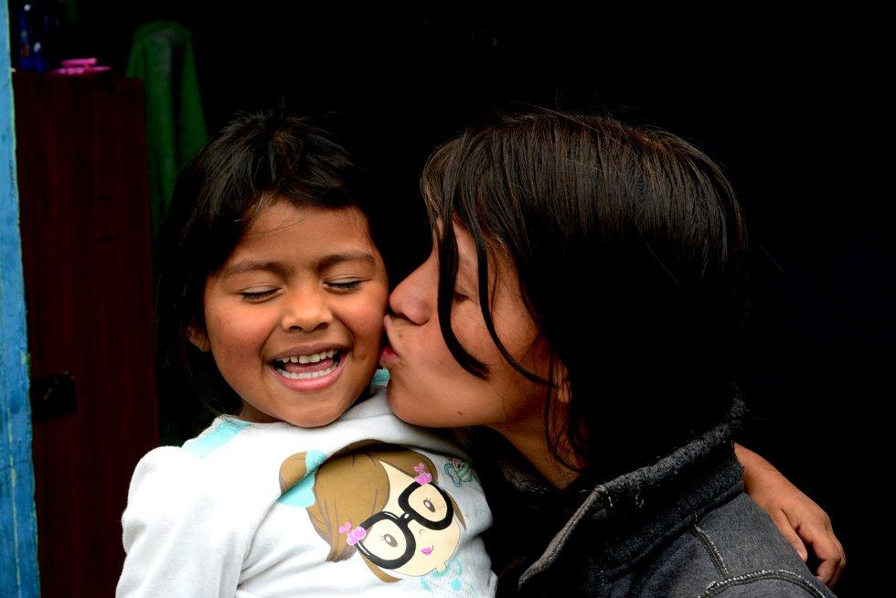A Jessica le sucedió lo que a muchas adolescentes colombianas. Se casó pronto, con 18 años, comenzó a tener hijos y dejó de lado los estudios para dedicarse al cuidado de su casa.rn