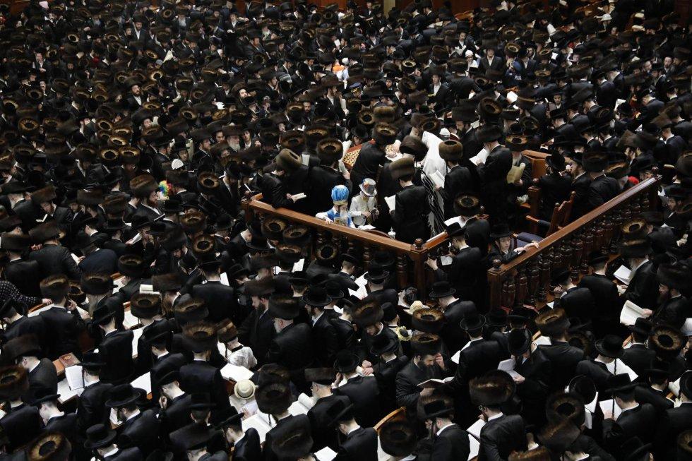 Vista general de la oración durante la lectura del 'Libro de Esther', el 1 de marzo.