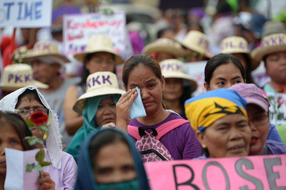 Resultado de imagen de manifestaciones dia internacional de la mujer 2018