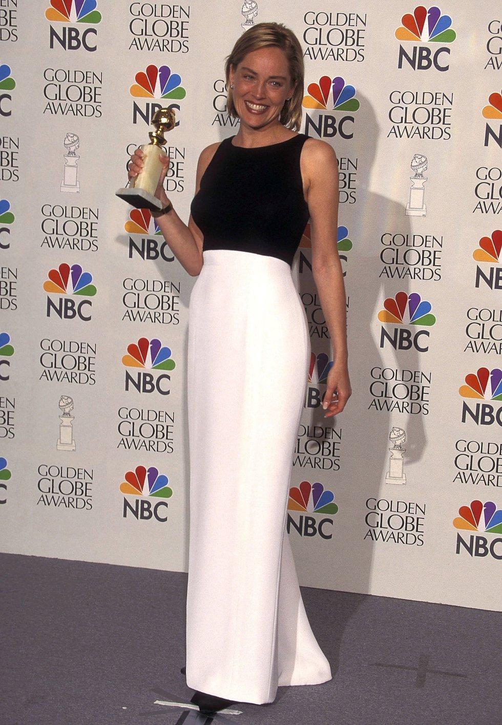 Aunque su carrera no se ha caracterizado por estar sembrada de premios, en 1995 Stone fue nominada al Oscar como mejor actriz por su interpretación en 'Casino', donde trabajó con Robert de Niro. No ganó la estatuilla dorada, pero sí se hizo con el Globo de Oro por ese mismo papel.