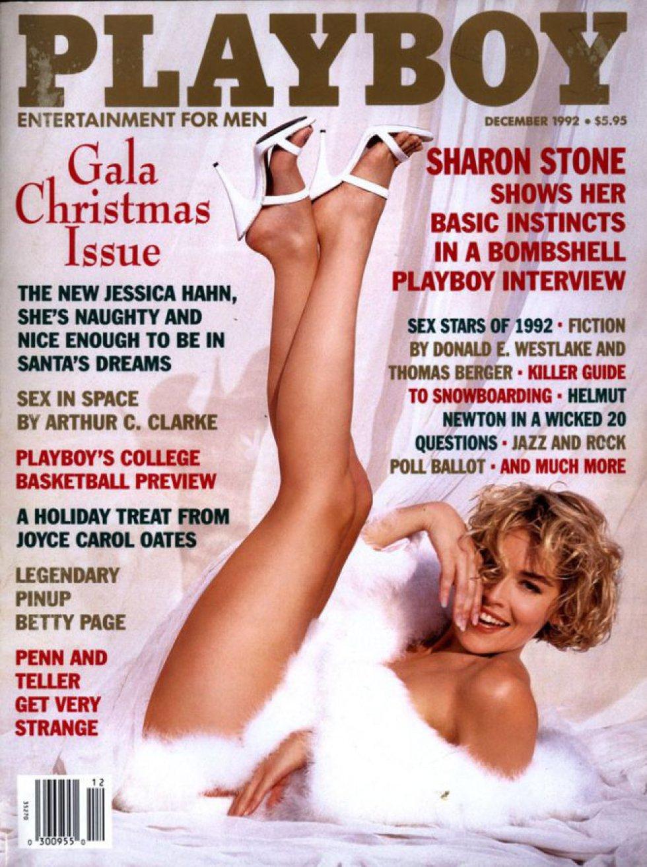 A lo largo de sus 40 años de carrera como actriz Stone ha aparecido en más de 300 portadas de revistas de moda como Vogue. El mismo año en el que estrenó 'Instinto básico', película que la encumbró como icono sexual, la intérprete posó como portada para el número de julio de la revista 'Playboy'.