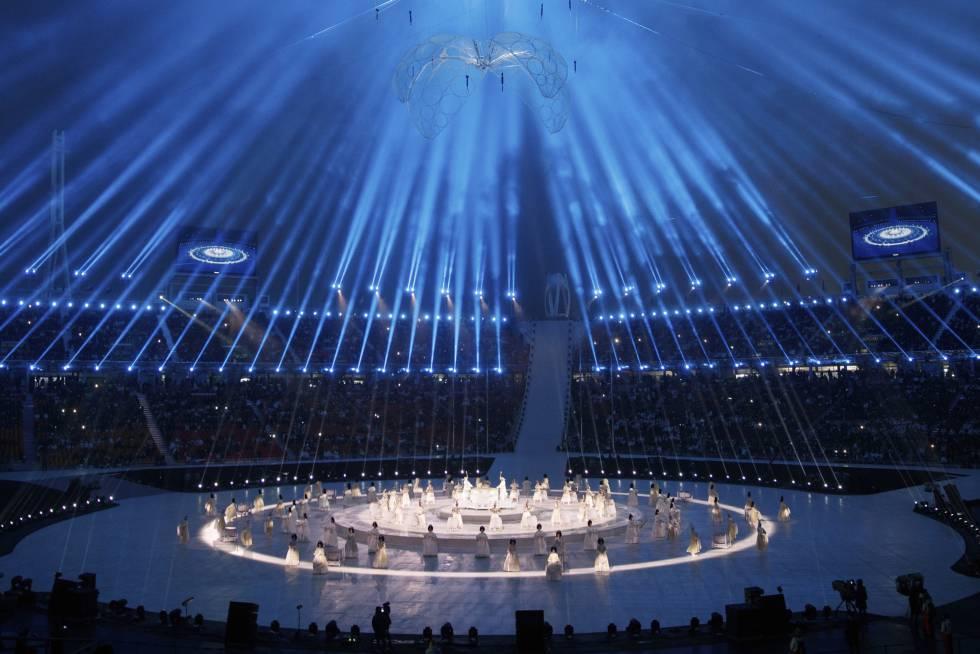 Actuación durante la Ceremonia de apertura de los Juegos Paralímpicos de Pyeongchang 2018, el 9 de marzo de 2018.