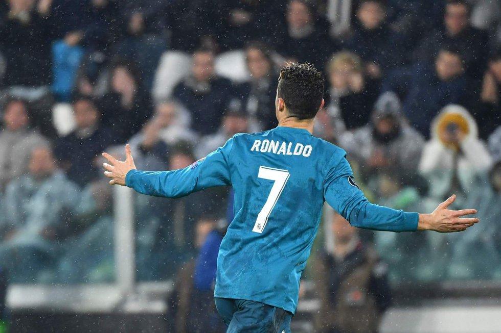 Cristiano Ronaldo celebra su gol de chilena frente a la Juventus de Turín.