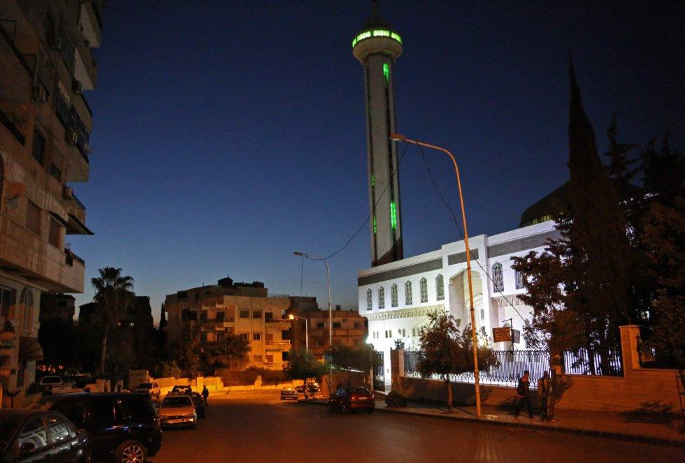 En las calles de Damasco se han escuchado las sirenas antiaéreas por los bombarderos que han llevado a cabo EE UU, Francia y Reino Unido.