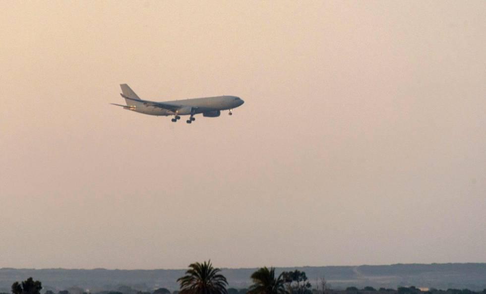 Un avión militar británico aterriza en una base de este país cerca de Chipre, tras el ataque a Siria.