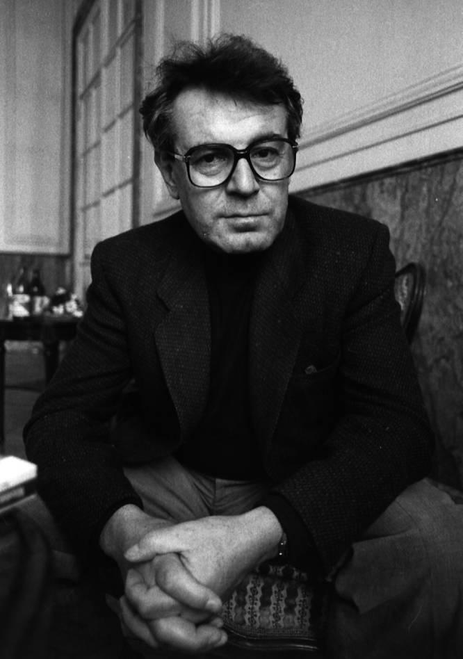 Milos Forman posa para el diario EL PAÍS, en una entrevista en 1985.