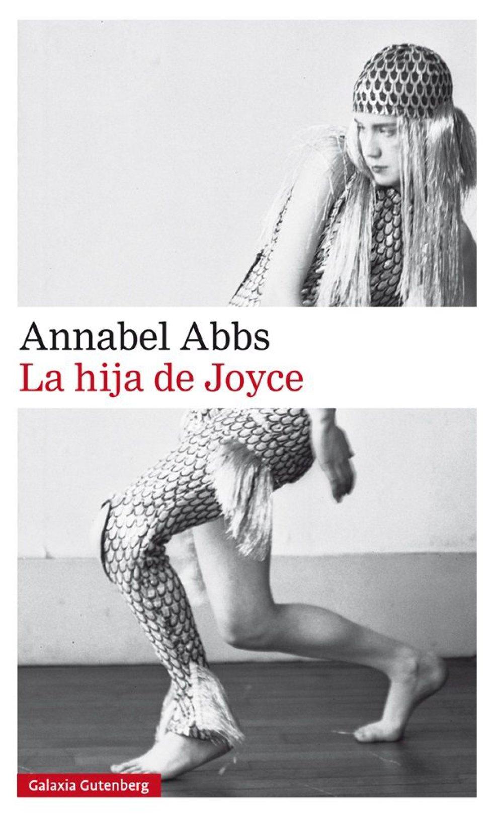 """LUCIA JOYCE, LA BAILARINA SIN NOMBRE. """"En 1934 James Joyce escribe: """"Cualquiera que sea mi chispa de genio, esta ha sido transmitida a Lucia y ha prendido fuego en su cerebro"""". Hasta la publicación de la biografía 'Lucia Joyce. To Dance in the Wake', de Carol Loeb Shloss (2005), la vida de la hija de Joyce sólo había trascendido en ambientes académicos a través de una cita del psicoanalista que la trató, Carl Jung: """"Donde Joyce podía bucear, ella se ahogaba"""". Si bien sus inicios como bailarina fueron reseñados de manera entusiasta por la prensa de la época, después de una serie de crisis sentimentales pasó la mayor parte de su vida encerrada en psiquiátricos. Desde la publicación de Loeb Shloss a partir de distintos testimonios y cartas de familiares y amigos, Lucia Joyce emerge iluminada con una luz distinta con la que la retrató su eminente psicoanalista"""". Por ALICIA KOPF"""