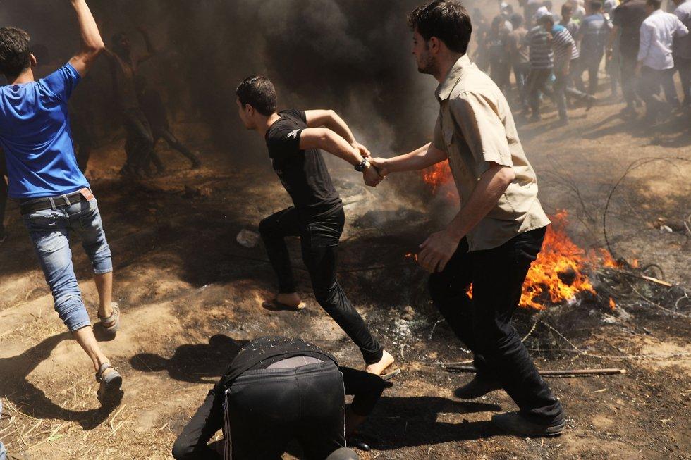 Las protestas en la franja de Gaza de manifestantes palestinos han derivado en choques contra las tropas israelíes, el 14 de mayo de 2018.