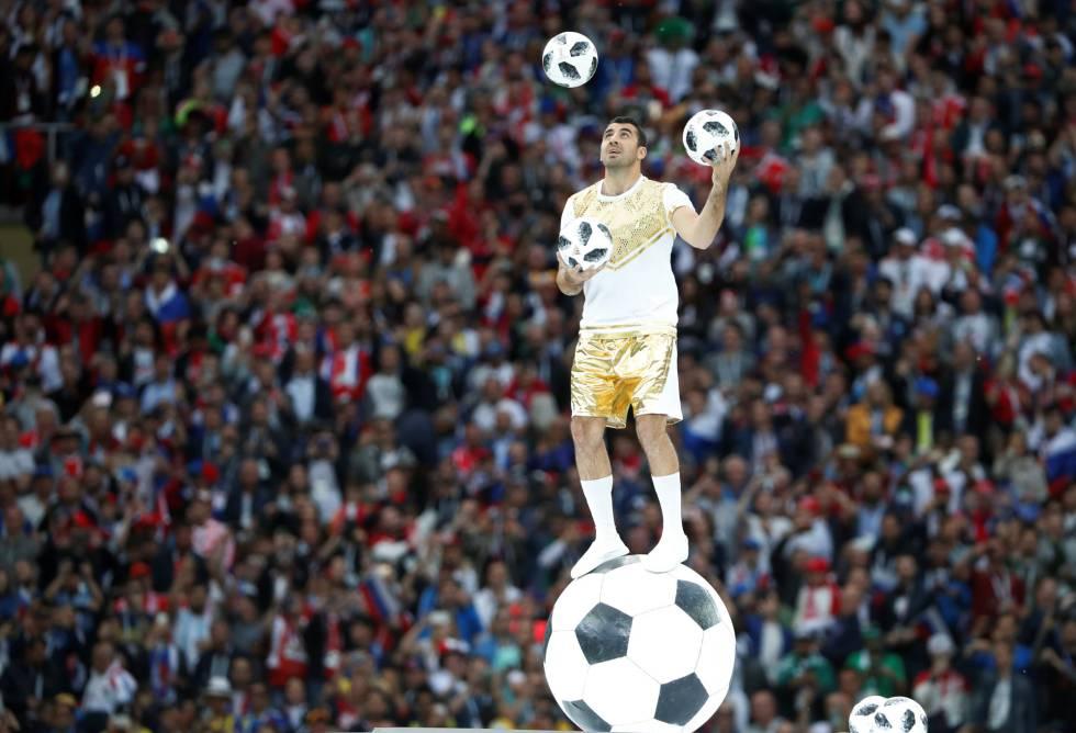 Una de las representaciones durante la inauguración del Mundial.