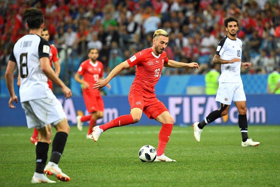 Josip Drmic momentos antes de marcar el gol a Costa Rica.