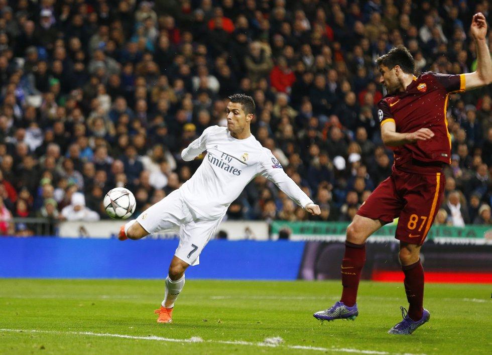 Ronaldo en el partido de Champions League entre el Real Madrid y La Roma en el estadio Santiago Bernabéu, el 8 de marzo de 2016.
