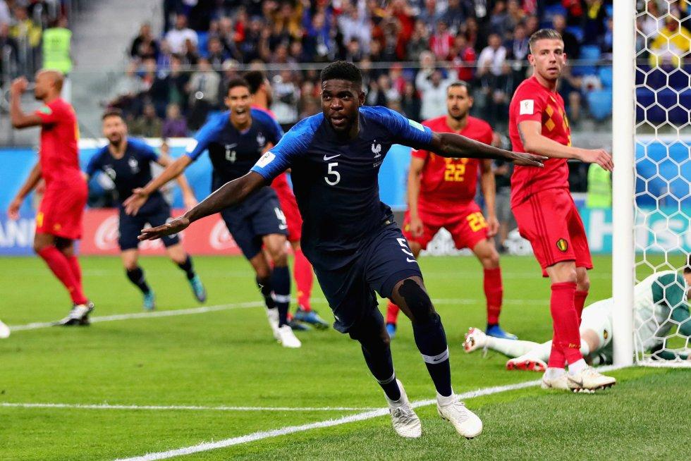 Samuel Umtiti celebra el tanto marcado ante la selección de Belgica.