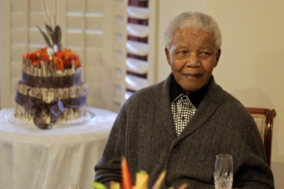 Nelson Mandela en su casa familiar de Qunu (Sudáfrica) durante su cumpleaños, el 18 de julio de 2012.