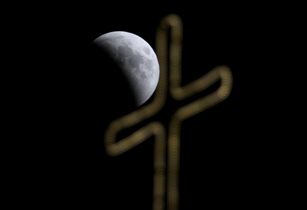 El eclipse lunar sobre Jerusalén.