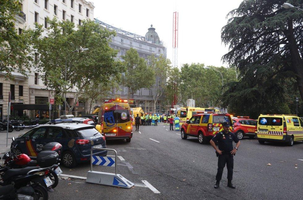 Al menos 1 fallecido y 11 heridos en un derrumbe del hotel Ritz, Madrid