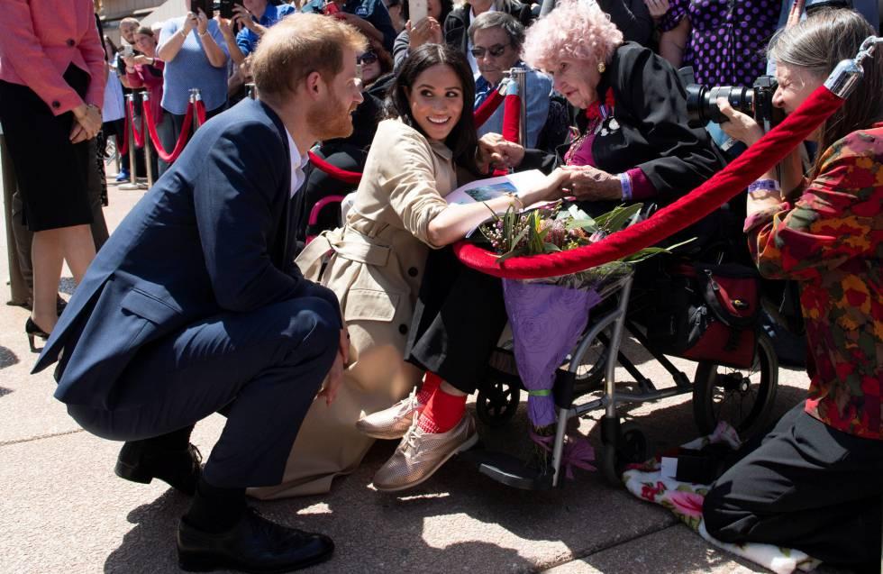 La historia del príncipe Enrique y su fan australiana de 98 años