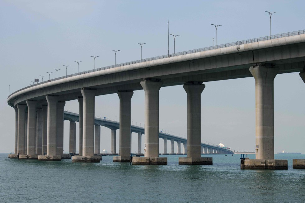 Vista de una sección del puente Hong Kong-Zhuhai-Macau, el 22 de octubre de 2018, en Hong Kong.