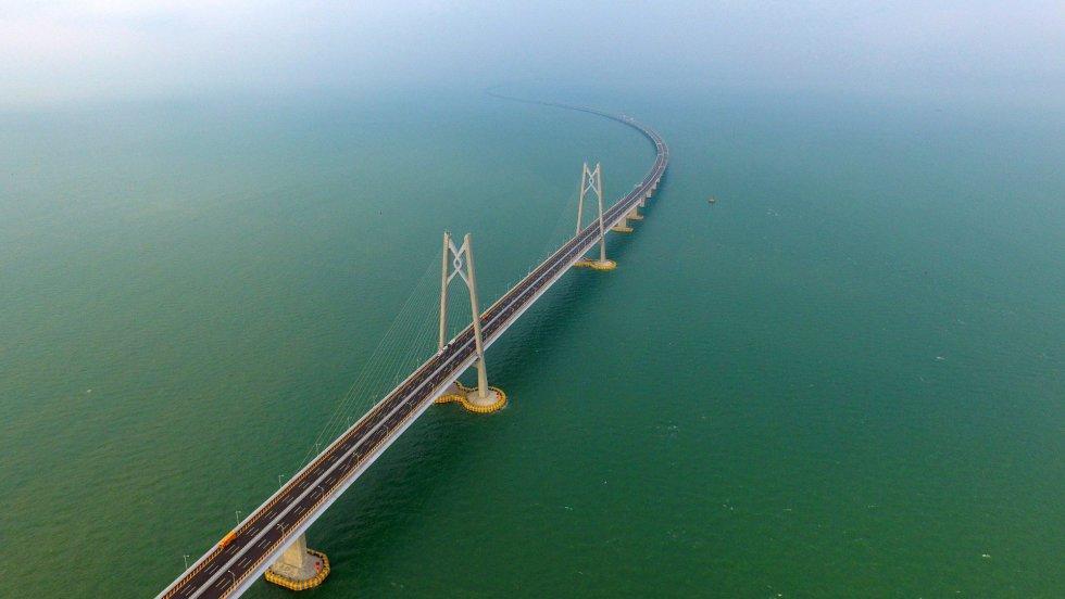 Vista aérea de una sección del puente Zhuhai Macau.